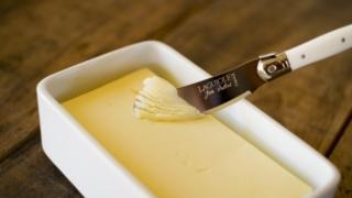 賞味期限切れのバター